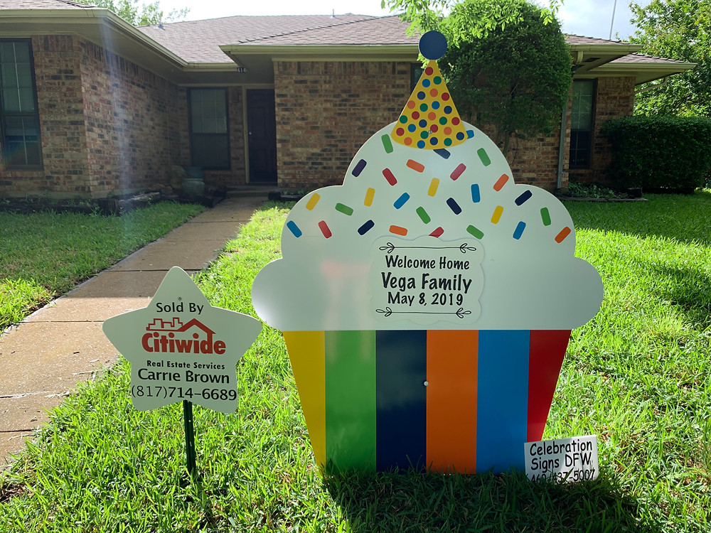 rainbow cupcake and message sign