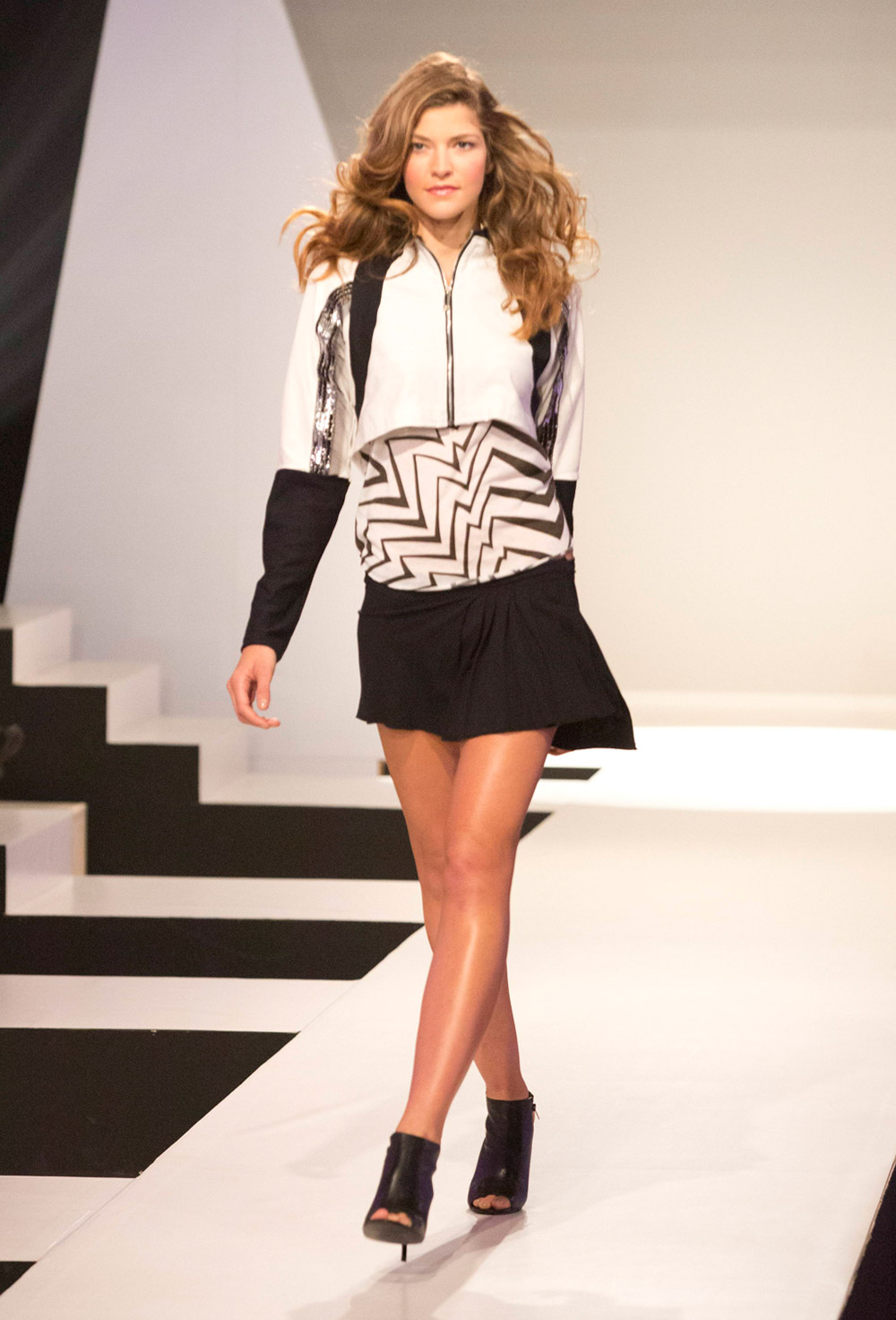 challenge: Zendaya concert outfit