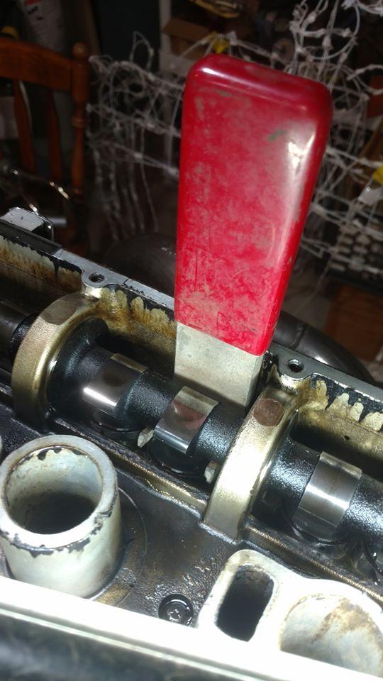 Inserting-Shim-Tool3