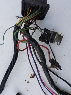 engine bay fuse block connector