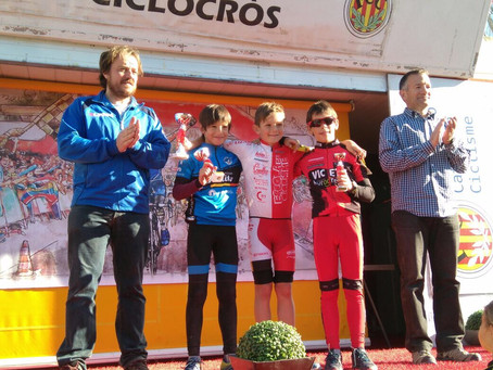 Gerard Mora vuelve a subir al podio en el ciclocross de El Morell