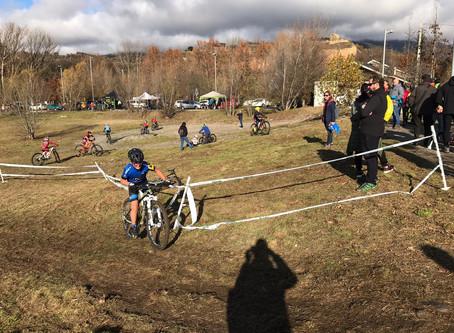 La Escuela Purito participa en el ciclocrós de La Seu d'Urgell