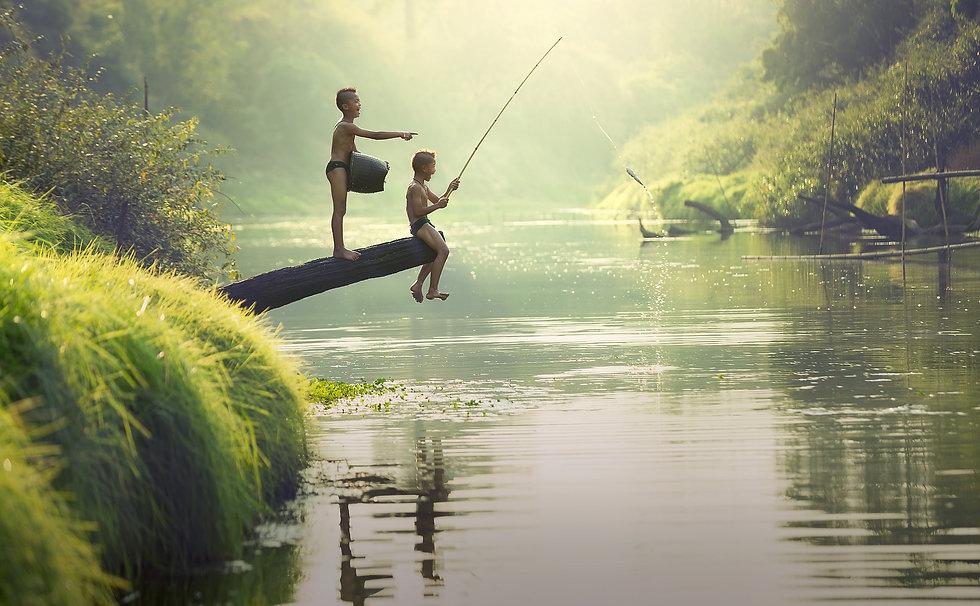 children fishing river Sasin Tipchai fro