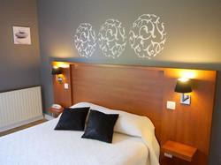 Hotel Martinez Grenay proche Lyon Parking Navette St Exupery