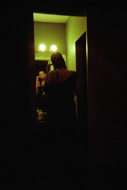 4Q_Ana_BathroomMirror-Edit.jpg