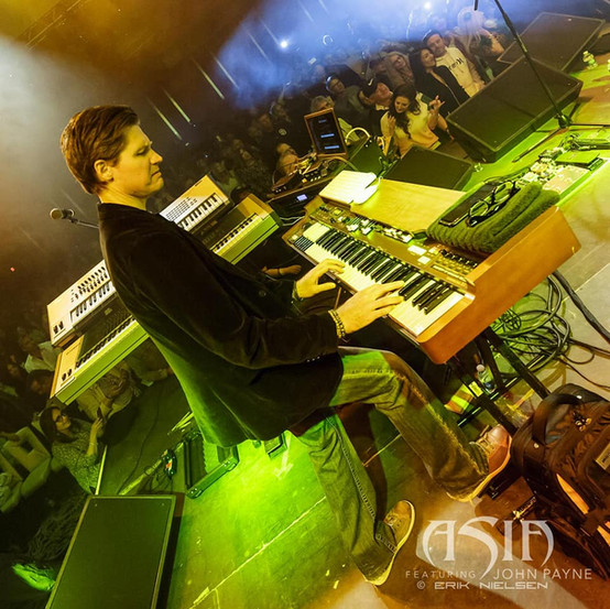 Jamie Hosmer on keys