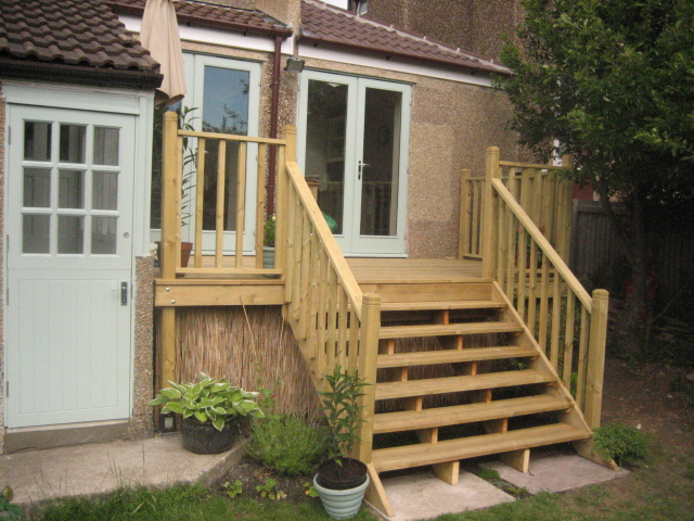 Custom Made Decking & Terrace