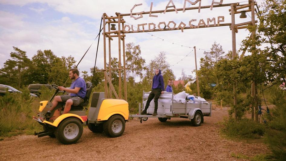 Camp Crew aanhanger.jpg