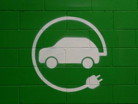 Guida per principianti: risposte semplici alle domande più frequenti sulle auto elettriche