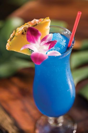 article_Cocktail_BlueHawaii