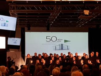 La coral celebra el 50 Aniversario de El Corte Inglés en Bilbao.