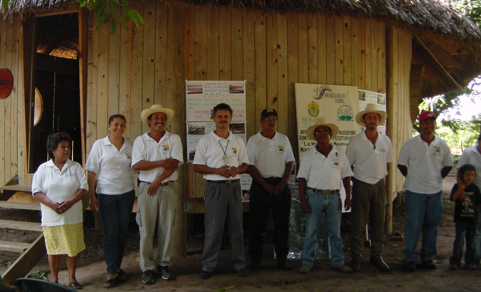 2003. Presentación grupo 3