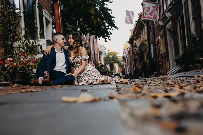 OldCity.Elfreths-Philly-Engagement-SNKPK