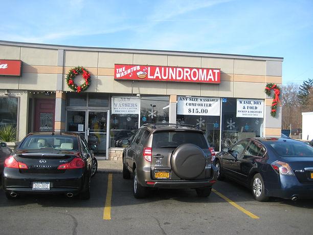 """laundromat laundrymat """"wash and fold"""" laundry service"""