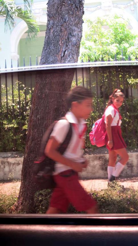 Cuba_kids1013500_10153314013925180_4159525574073719485_n.jpg