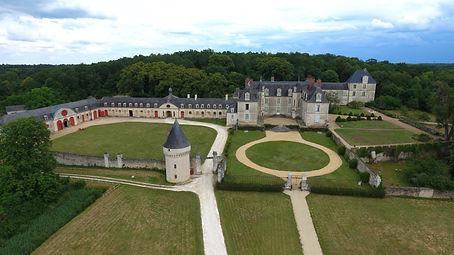vue_au00e9rienne__-credit_chateau_de_Giz