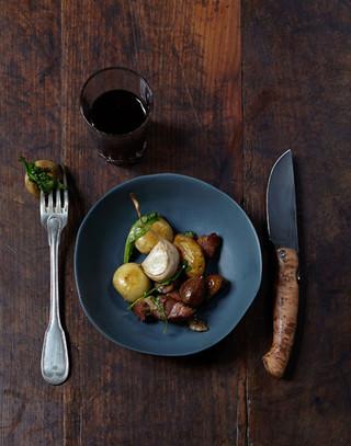 Un diner à poils et à plumes • Editions Marabout  Auteur : Stéphane Reynaud Photographe : Marie Pierre Morel