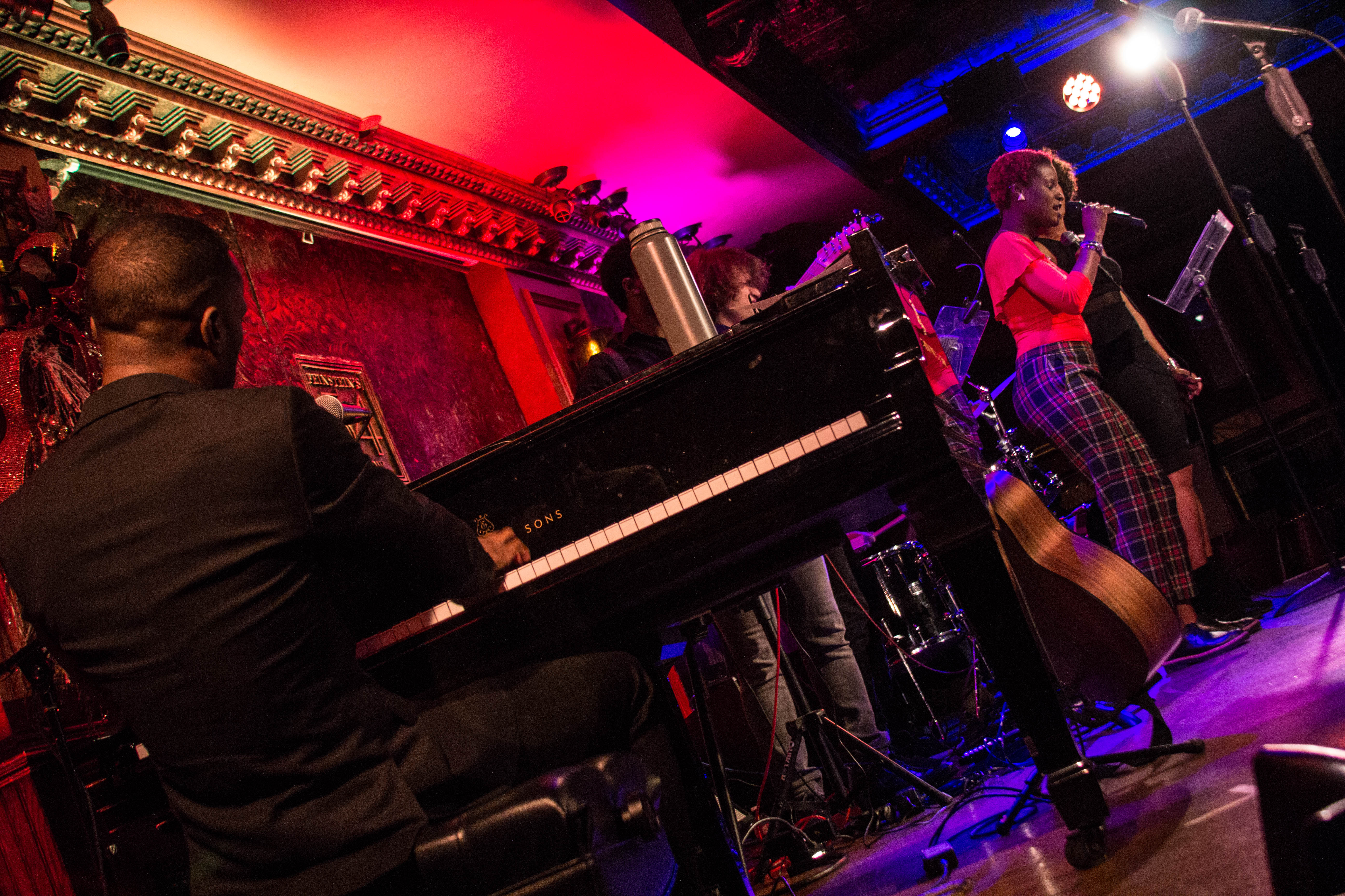 Azudi Solo Show at 54 Below