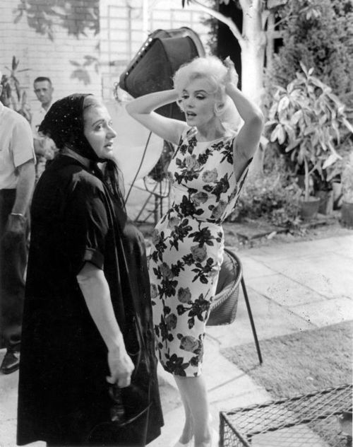 Paula Strasberg and Marilyn Monroe