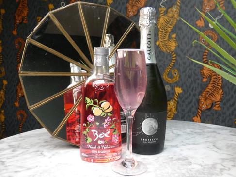 Boe Peach & Hibiscus Gin with Prosecco