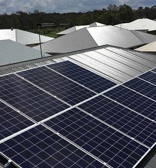 solar-panels-roof-46333-c5632757.jpeg