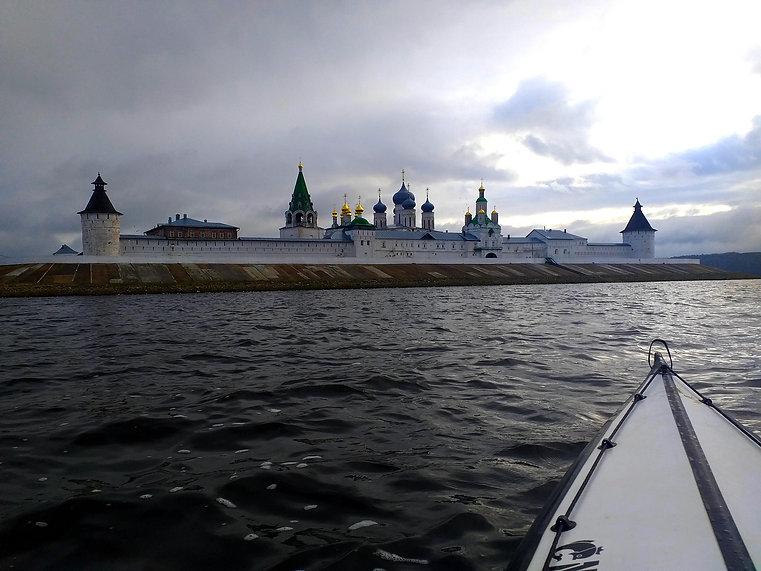 monastery of makareev.jpg