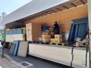 色々な物資で倉庫がいっぱい