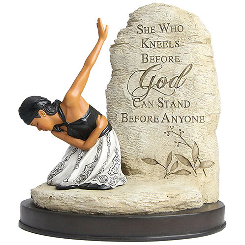 She Who Kneels - Figurine