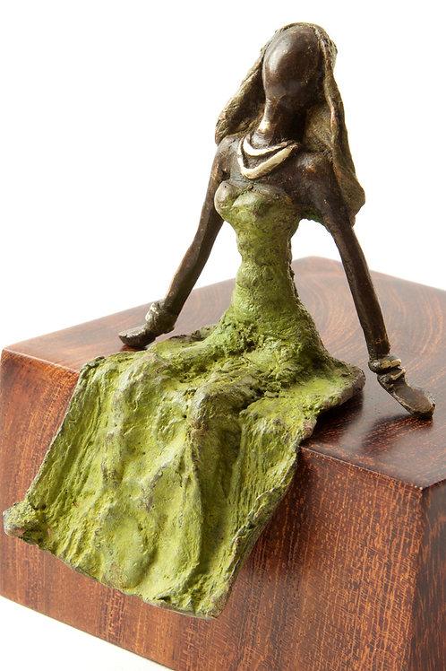 Seated Beauty Burkina Bronze Sculpture