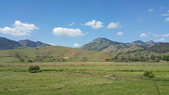 Vista_Rural_de_Gonçalves,_Minas_Gerais.j