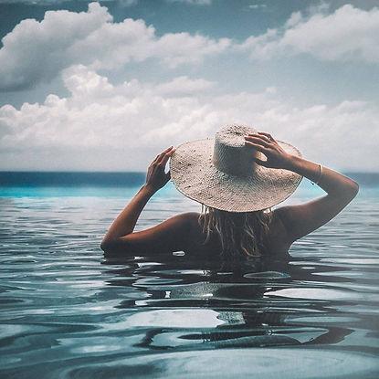 The Wanderlovers snorkel scuba excursion Kuramathi Resort drone shot sandbar luxury private island inocean water villa