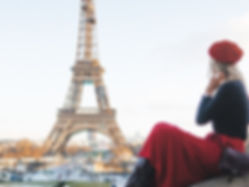 The wanderlovers paris eurostar eiffel tower view trocadero beret