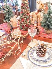 Christmas table new.jpg