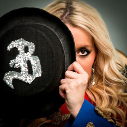 Ringleader - Circus Tribute act