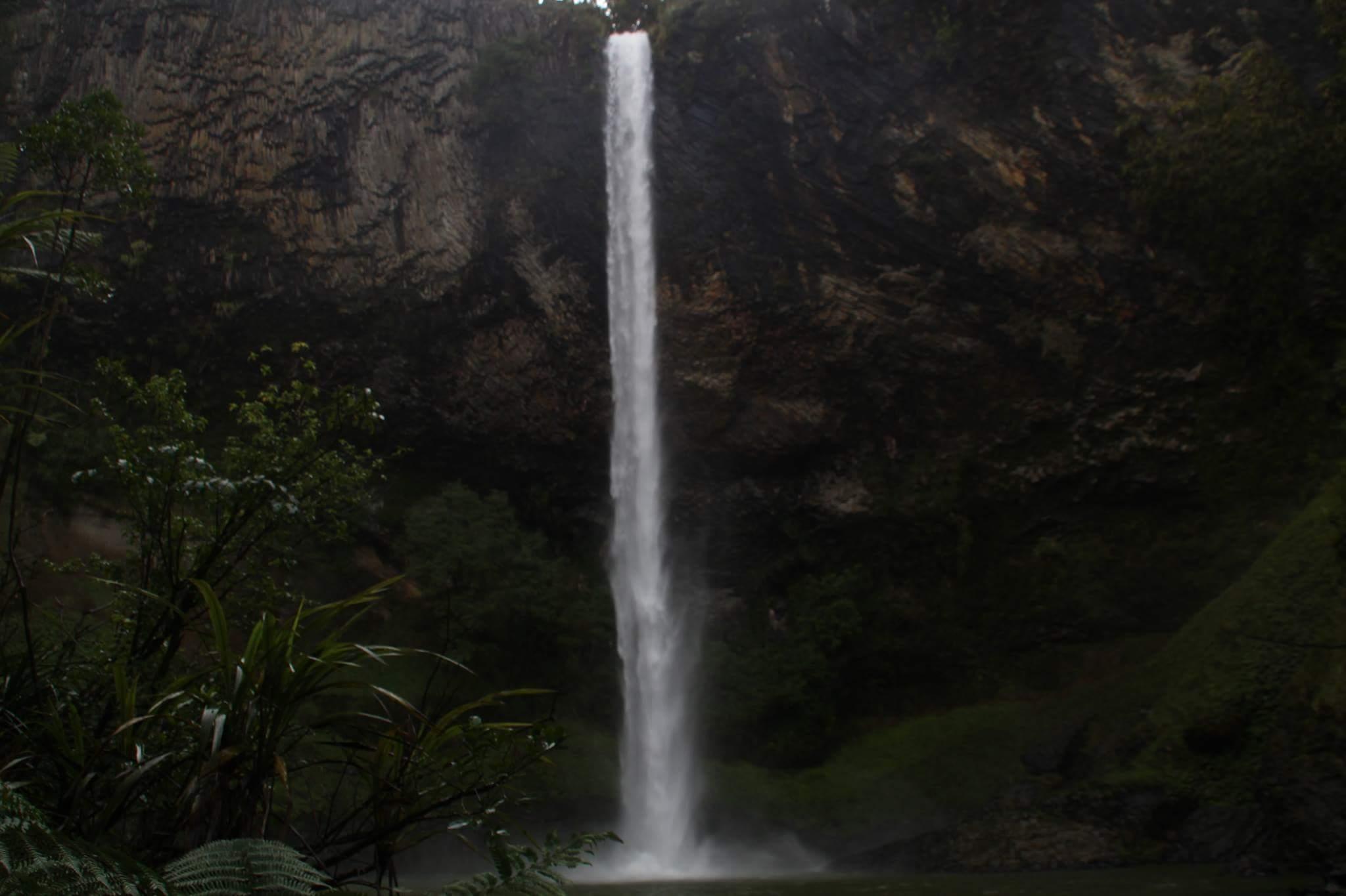Bridal Veil Falls, NZ