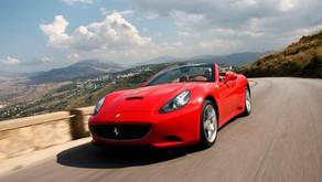 Que tal um passeio de Ferrari em Maranello?