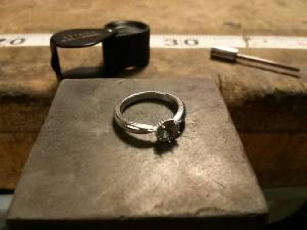 PETHICA婚約指輪キャスト3