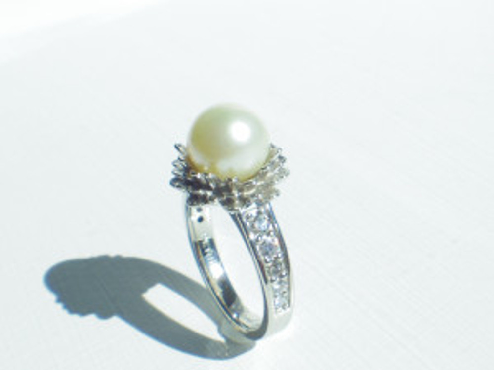 PETHICA Pearl Diamond