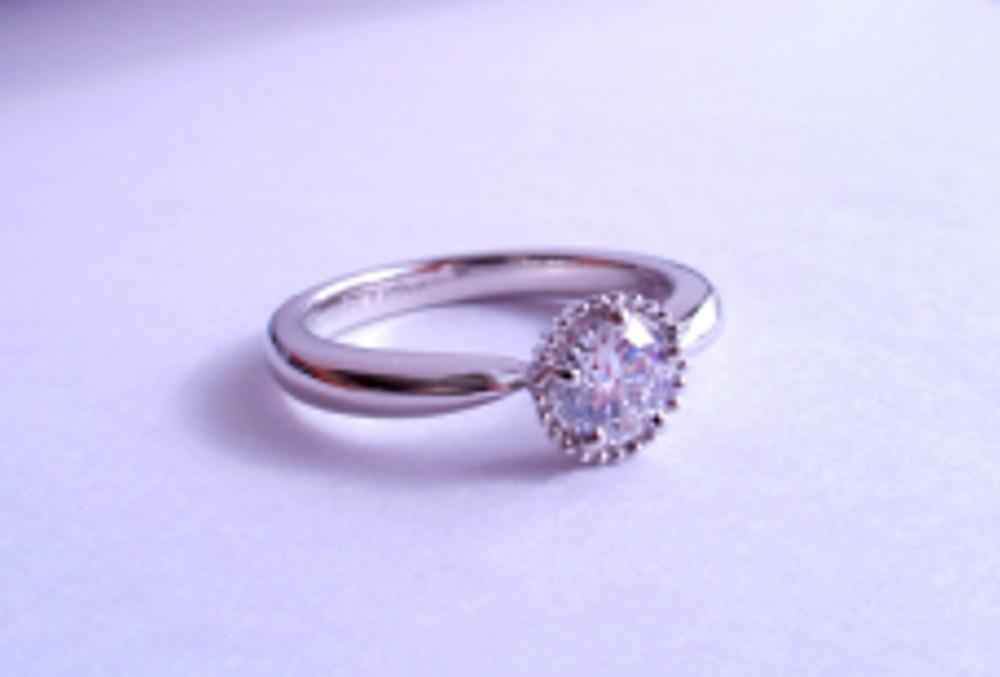 PETHICAブライダル婚約指輪Aさん