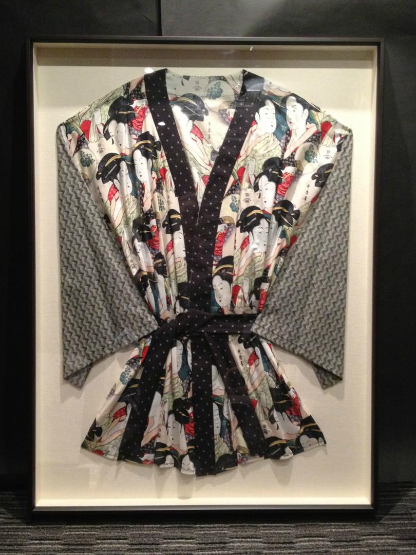 Framed Robe