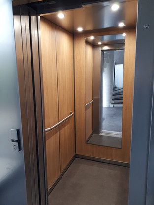 ascenseur - accès PMR - Cabinet Sensori'