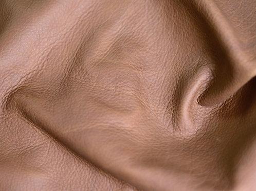 Dark Honey American Bison 5-5.5oz soft leather detail
