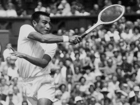 """Muere Álex Olmedo, el """"Jefe"""" peruano que conquistó Wimbledon"""