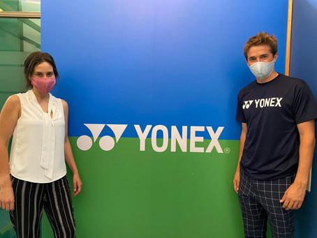 Séptimo Game y Yonex firman alianza por tres años