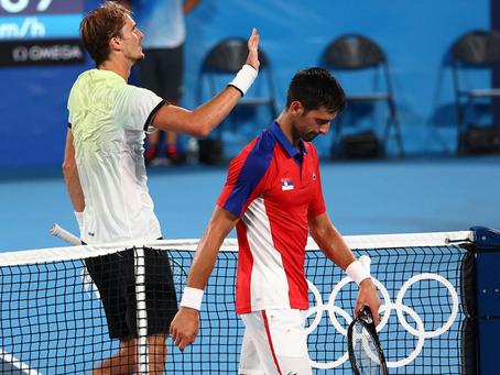 El récord de Steffi sigue vivo: Djokovic cae en semifinales de Tokio 2020