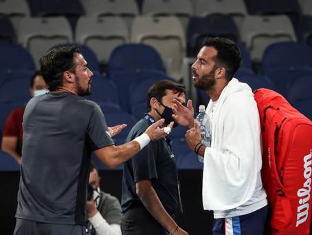 La caliente discusión entre Fognini y Caruso tras un dramático partido en el Australian Open