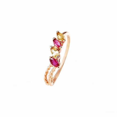 Glossy Abelia Twist Ring