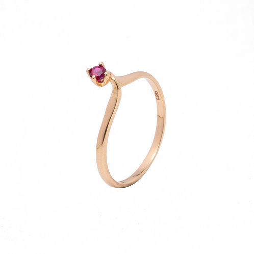 Amaryllis Twist Ring