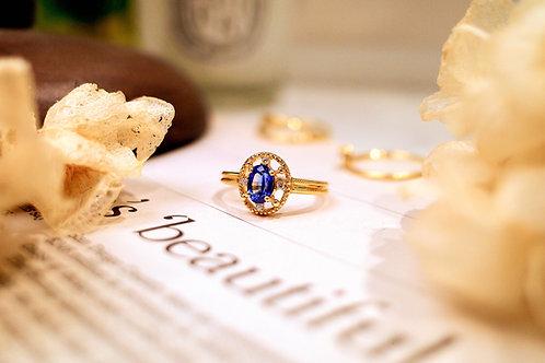 Vintage inspired  Lace Sri Lanka Royal Blue Sapphire Ring