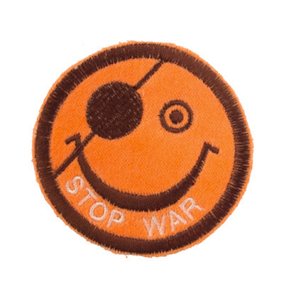 "No38 ALM Smile Patch Orange ""STOP WAR"""